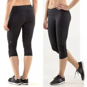Lululemon Run For Your Life Crop Black Ruched Sz 2